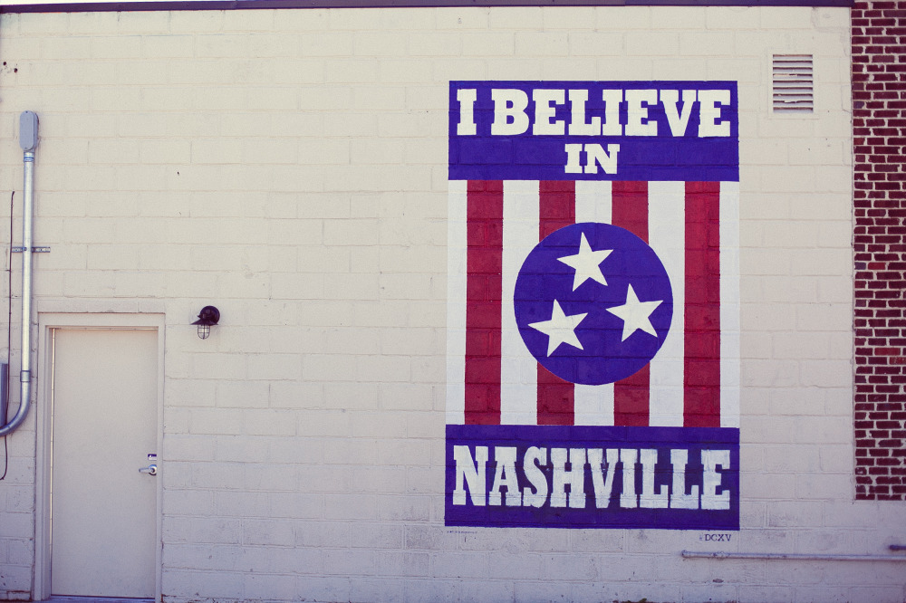 Public Domain Images – I Believe In Nashville Tennessee Flag Bricks Wall Door Red Blue