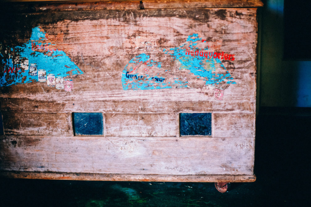 Free Stock Photos – Reclaimed Wood Old Vintage Chest Teal Red