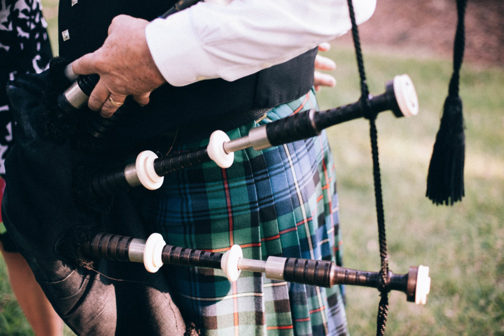 free-stock-photos-public-domain-images-Irish Bagpipe Kilt Plaid Black Green